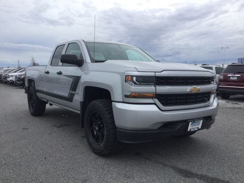 New 2017 CHEVROLET SILVERADO 1500 4WD DOUBLE CAB 143.5 CUSTOM