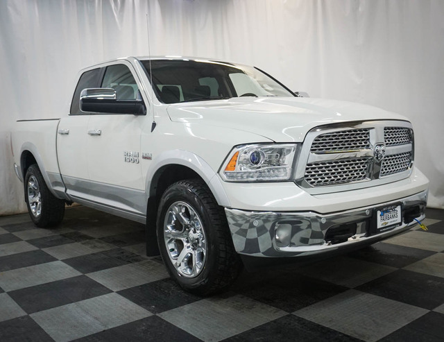 Pre-Owned 2017 Ram 1500 Laramie 4x4 Quad Cab 6'4 Box