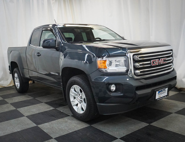 Pre-Owned 2018 GMC Canyon 4WD Ext Cab 128.3 SLE