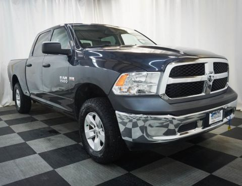 Pre-Owned 2016 Ram 1500 4WD Crew Cab 149 Tradesman