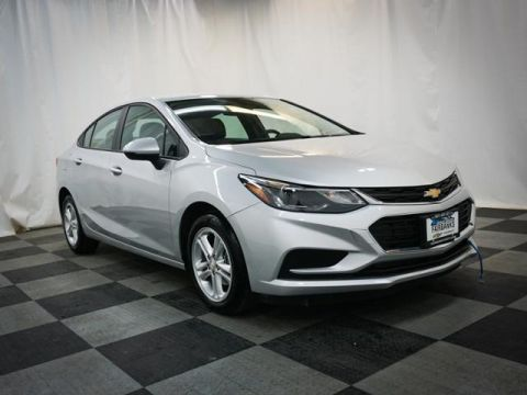 Certified Pre-Owned 2017 Chevrolet Cruze 4dr Sdn 1.4L LT w/1SD