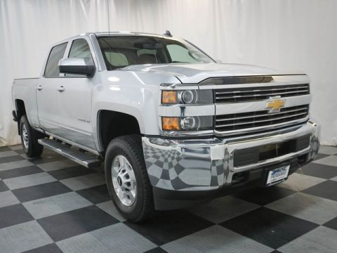 Certified Pre-Owned 2018 Chevrolet Silverado 2500HD 4WD Crew Cab 153.7 LT